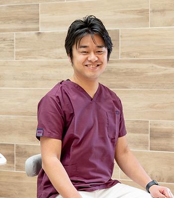 はぐくむ歯科クリニック 院長 上田 育伸